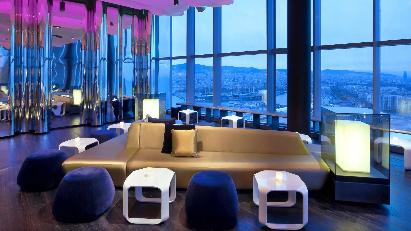 Eclipse bar the luxury travel expert for W barcelona bar