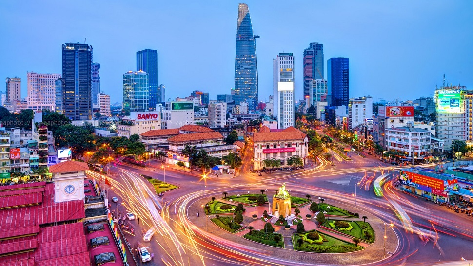IMMERSE YOURSELF IN THE URBAN JUNGLE OF HO CHI MINH CITY - the Luxury Travel Expert