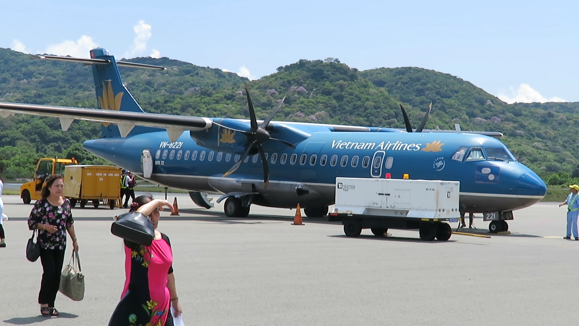 Review Vietnam Airlines Atr 72 From Ho Chi Minh City To