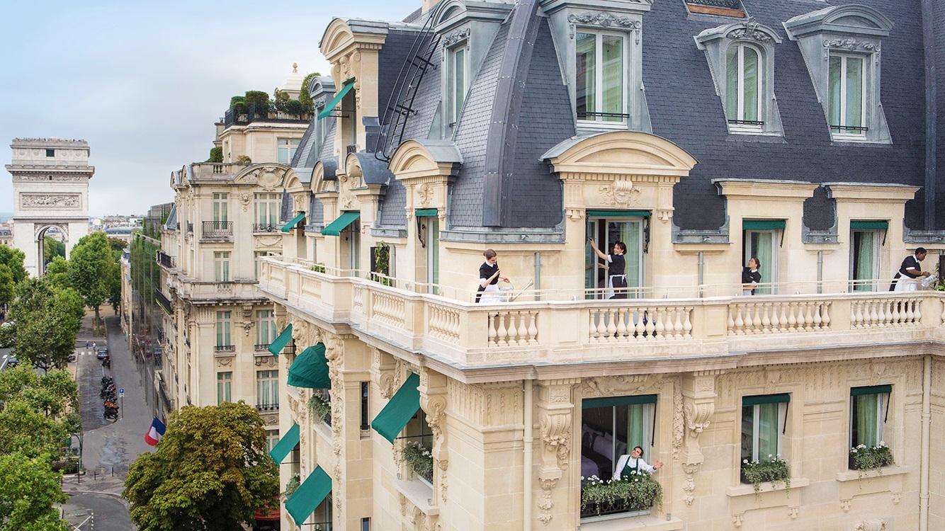 Top 10 Best Luxury Hotels In Paris